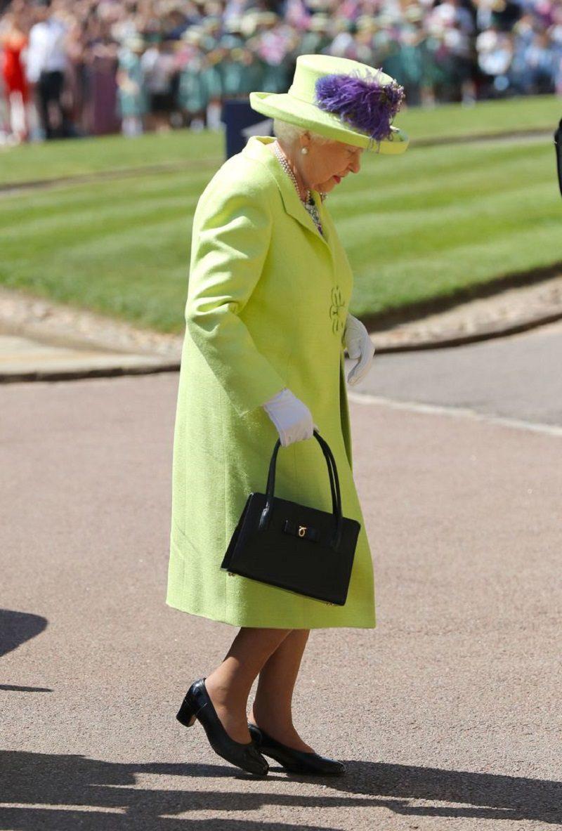 Mame Moda Auguri a Meghan Markle e al Principe Harry, oggi sposi. Regina Elisabetta