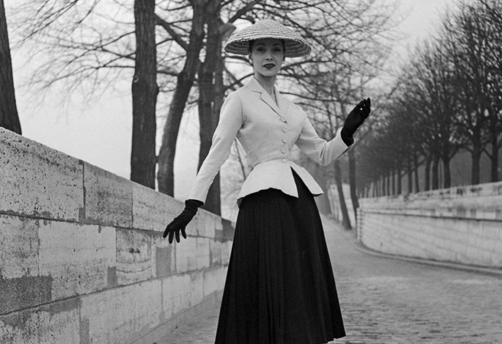 CHRISTIAN DIOR: COUTURIER OF DREAMS, LA MOSTRA