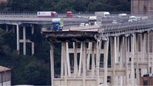 Mame Moda Benetton, crolla il mito della maglieria. Ponte Morandi