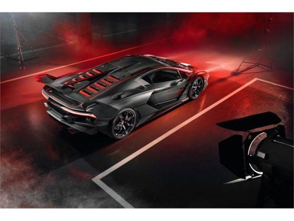 Vista sopra Lamborghini SC18 Alston
