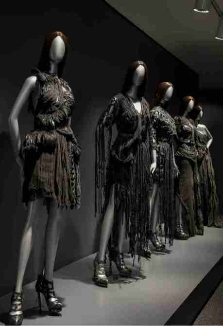 Rodarte in mostra al NWMA di Washington. Abiti piuma