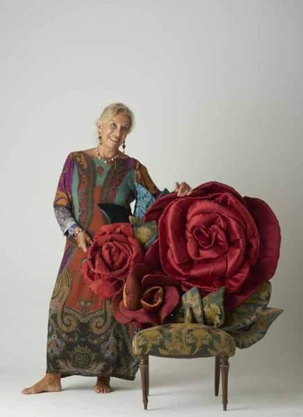 Mame arte INTERVISTA A CARLA TOLOMEO VIGORELLI Carla Tolomeo con una sua opera