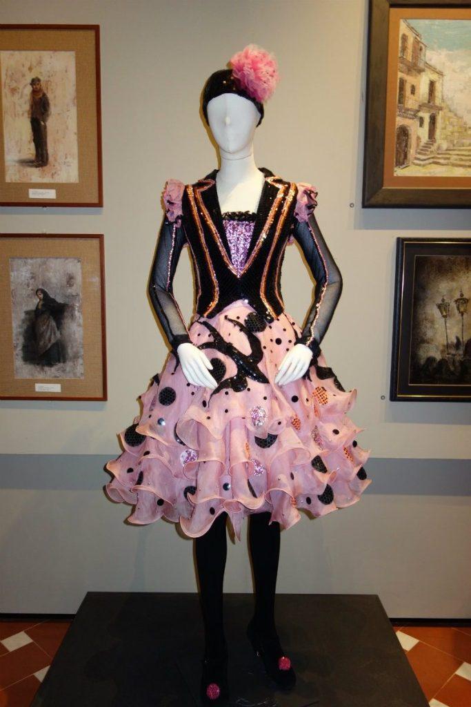 Museo Zeffirelli - otto nuovi costumi di scena. Costume femminile Pagliacci