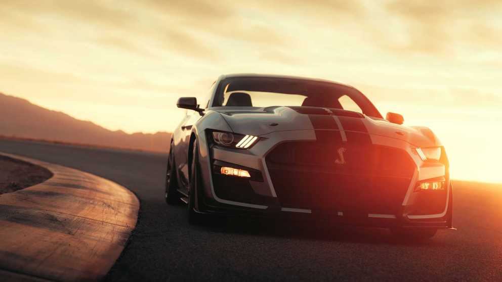 Ford Mustang Shelby GT500 su tracciato