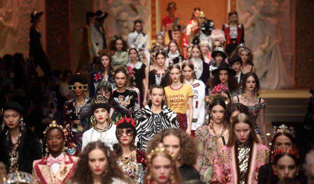 """Mame Moda: Il Cyborg show di Dolce e Gabbana. La processione per la """"santa"""" moda"""