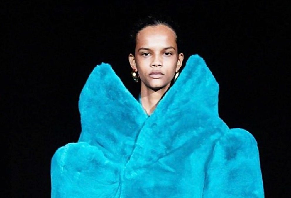 LA TEMPESTA BALENCIAGA ALLA PARIGI FASHION WEEK