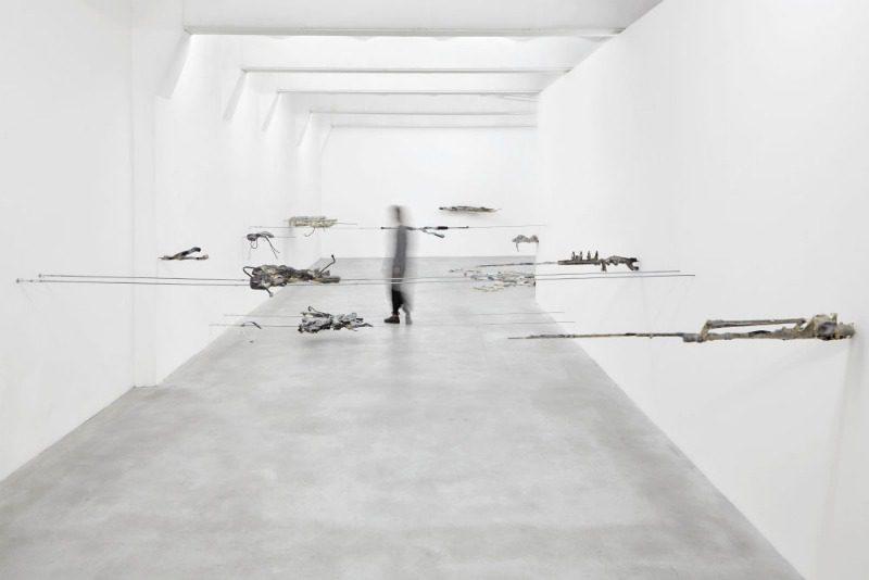 Un lavoro di Giulia Cenci, tra i protagonisti della mostra