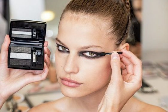 Mame lifestyle IL MAKE-UP DIOR PER AUTUNNO_INVERNO Trucco occhi Dior Backstage
