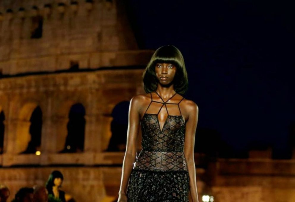 FENDI COUTURE FALL 2019, A ROMA L'OMAGGIO A KARL