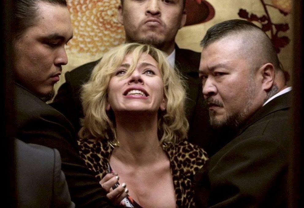 LUCY STASERA IN TV: TRAMA, CAST E INFO