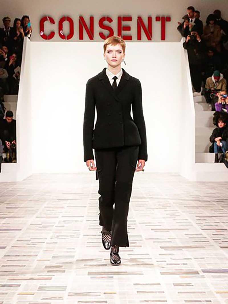 la sfilata femminista di Dior