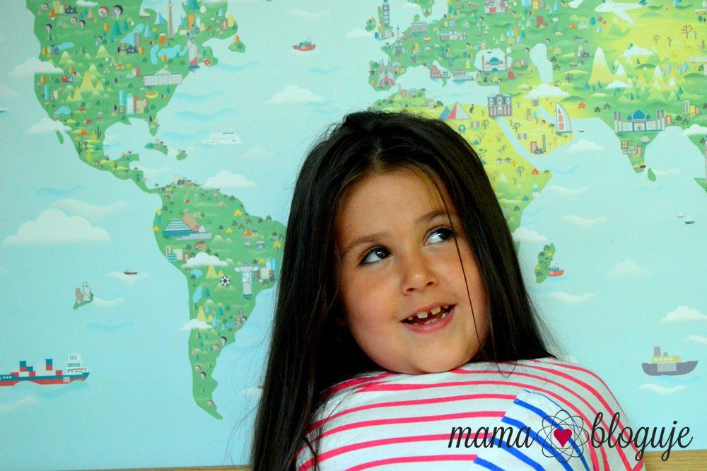 mapa w pokoju dziecięcym