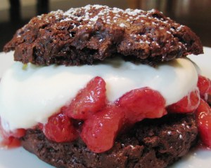 chocolate-strawberry-shortcakes11
