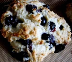 blueberyy-tea-biscuits