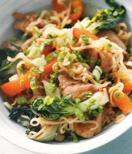 chicken noodle stir fry 001