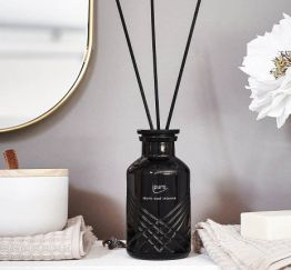 Ipuro Geurstokjes Exclusive ipuro oud intense room fragrances geurdiffuser aromadiffuser huisparfum 4051281533486 MamaBella Juwelen en accessoires