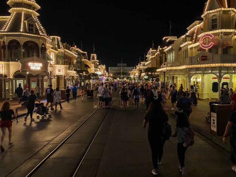 Current crowds at Disney World 2021