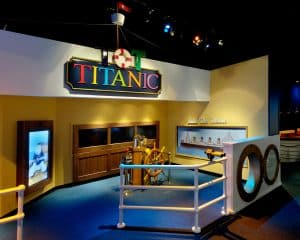 titanic-interior-interactive