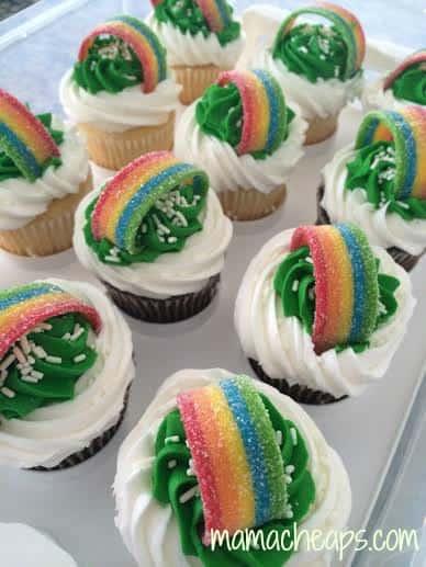 st patricks day rainbow cupcakes tray
