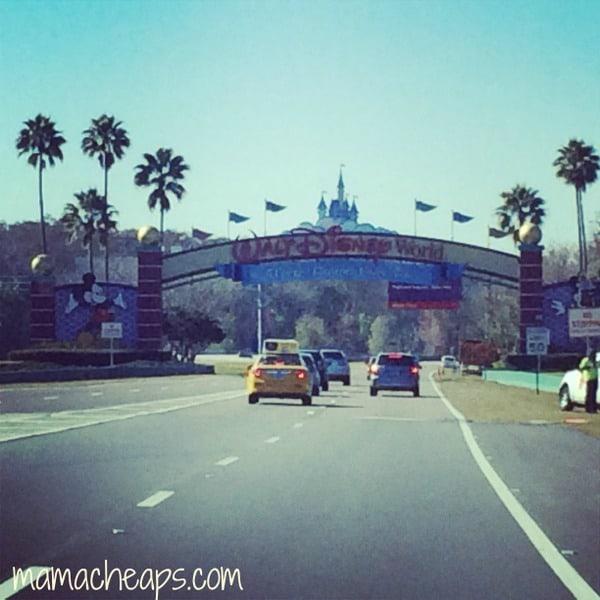 disney world magic kingdom entrance