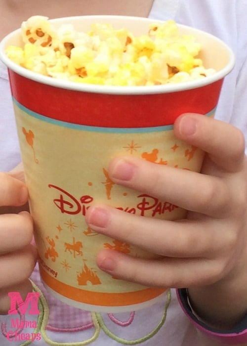 10 Awesome Snacks To Eat In Magic Kingdom At Disney World