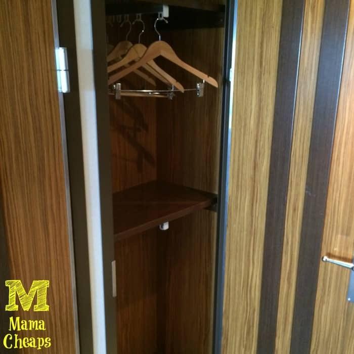 disney dream closet 2