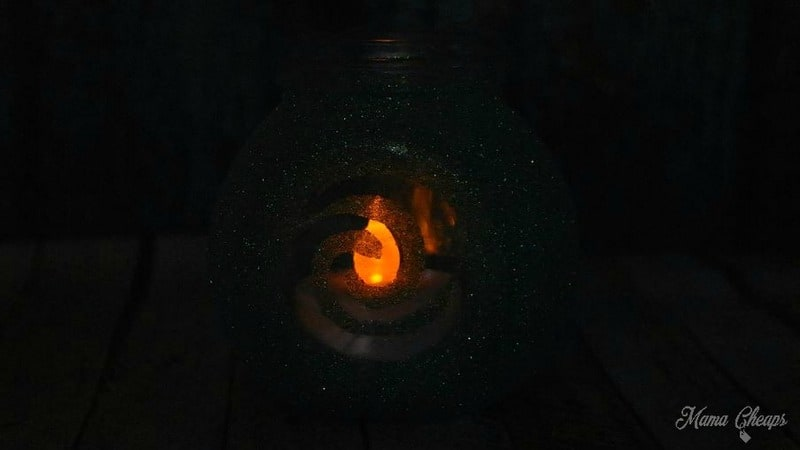 Heart of Te Fiti Jar in Dark