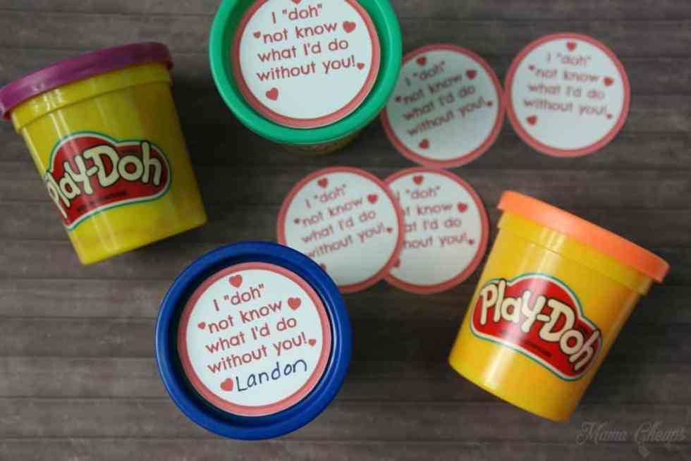 Easy Play Doh Valentines