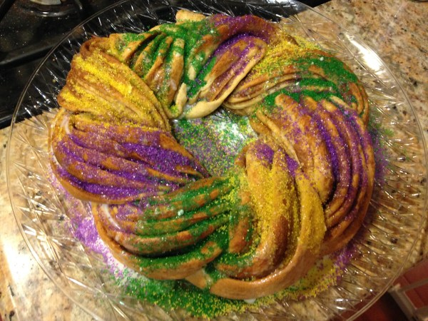 Mama Chit Chat: Mardi Gras King Cake