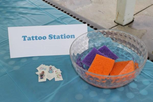 Frozen Birthday: Tattoo Station