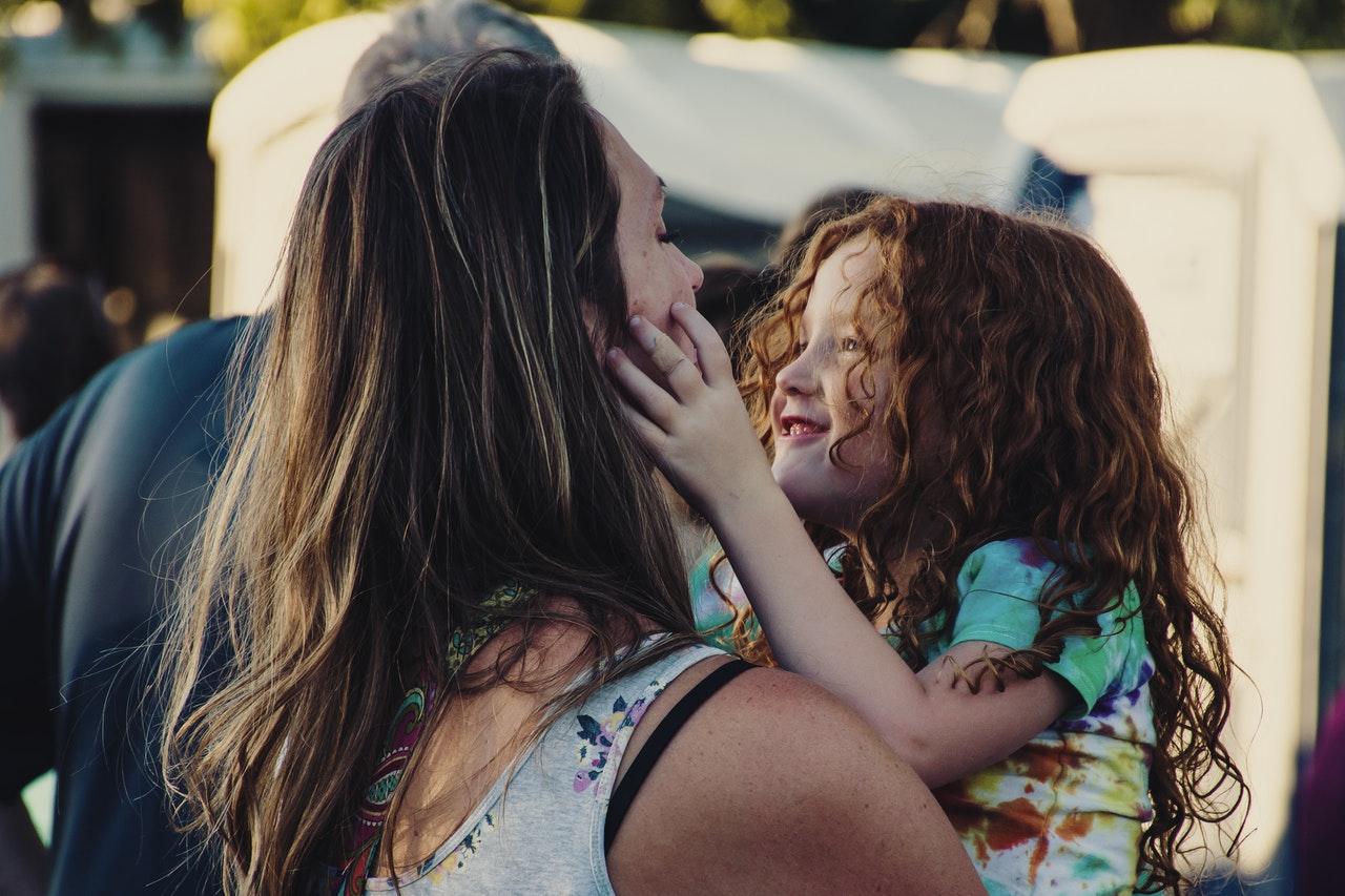 Boneca Momo E A Criação Dos Filhos