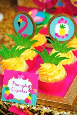 cupcakes abacaxi flamingo
