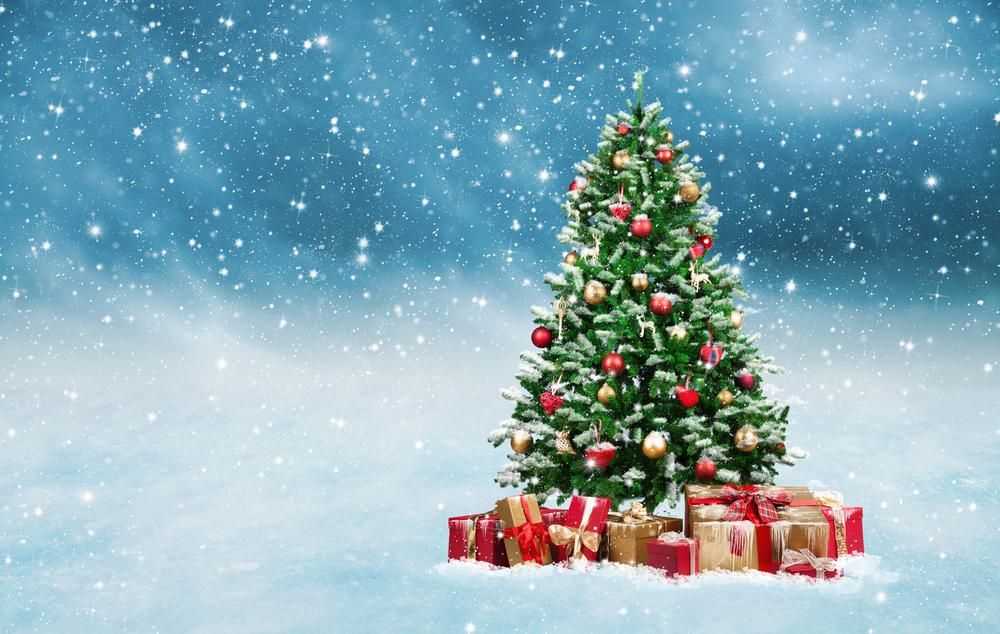 Versieren kerstboom