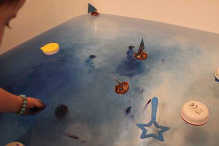 mama extraterrestre mini mundo caja sensorial agua