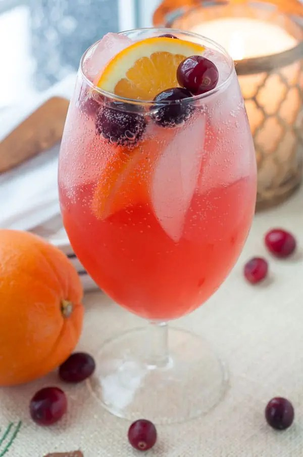 Sparkling Cranberry Orange Vodka Cocktail MamaGourmand