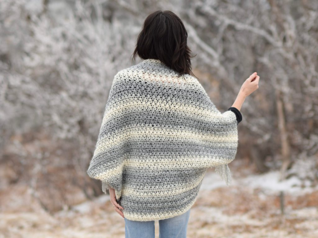 lion-brand-scarfie-easy-blanket-sweater-pattern-grey-5