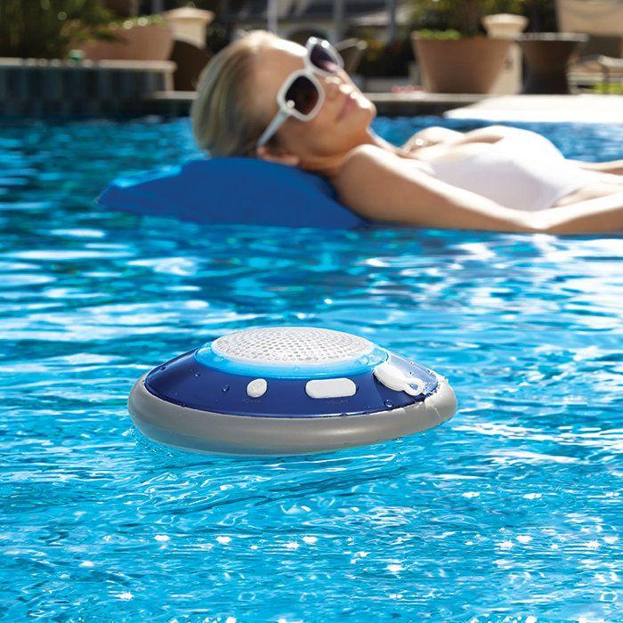 Les 10 accessoires indispensables pour la piscine   Blog Ma maison mon jardin