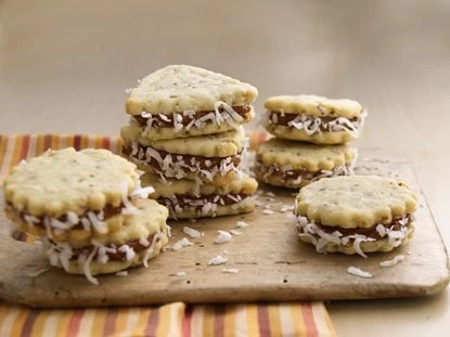 Galletas Sándwich de Dulce de Leche / Cookie Sandwich with Dulce de Leche