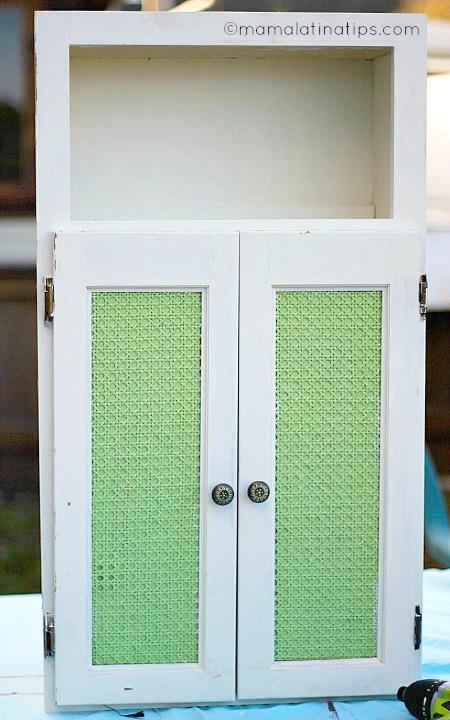 white cabinet project - before mamalatinatips.com