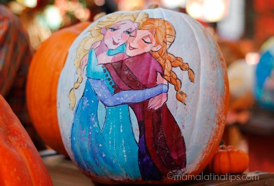pumpkin at Disneyland - Anna y Elsa