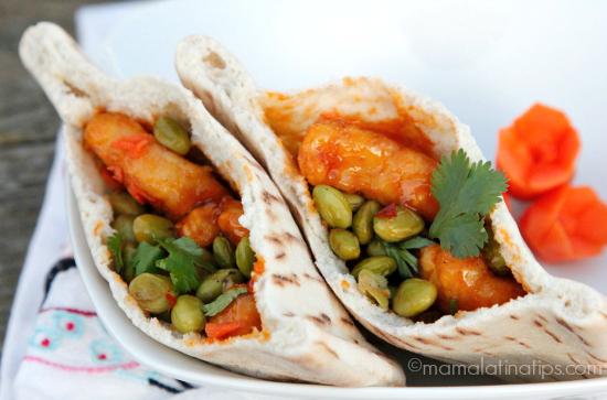 Orange chicken pita pockets - mamalatinatips.com