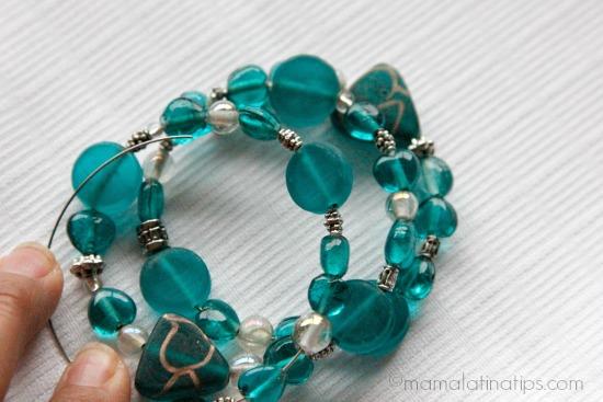 Memory bracelet half finish by mamalatinatips.com