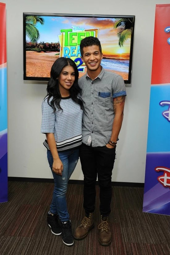 Chrissie Fit and Jordan Fisher - Teen Beach 2 - mamalatinatips.com