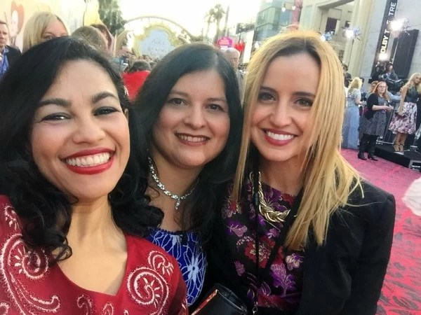 Elayna Fernandez, Silvia Martinez and Cecilia Toro at Alice through the looking glass premiere - mamalatinatips.com
