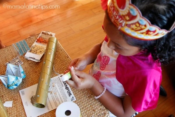 Haciendo cetros de princesa Elena of Avalor - mamalatinatips.com