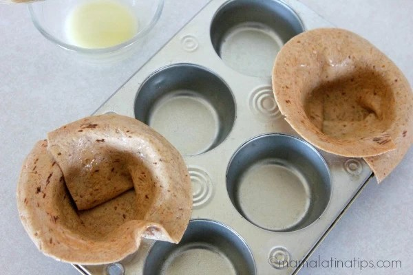 Baking flatbreads - mamalatinatips.com