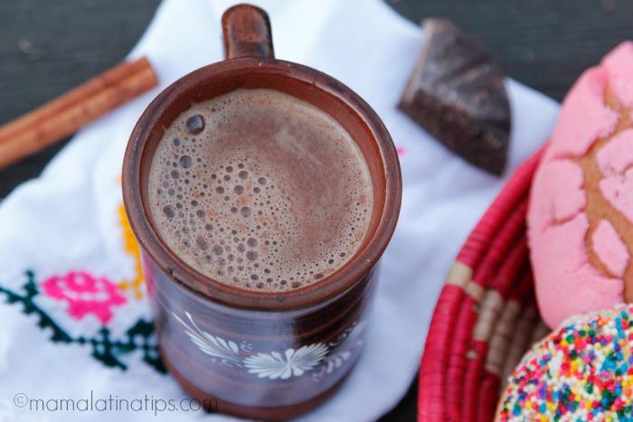 Chocolate mexicano caliente - mamalatinatips.com