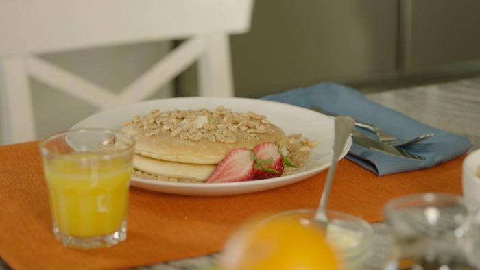 Pancakes sabor churro en el desayuno - mamalatinatips.com
