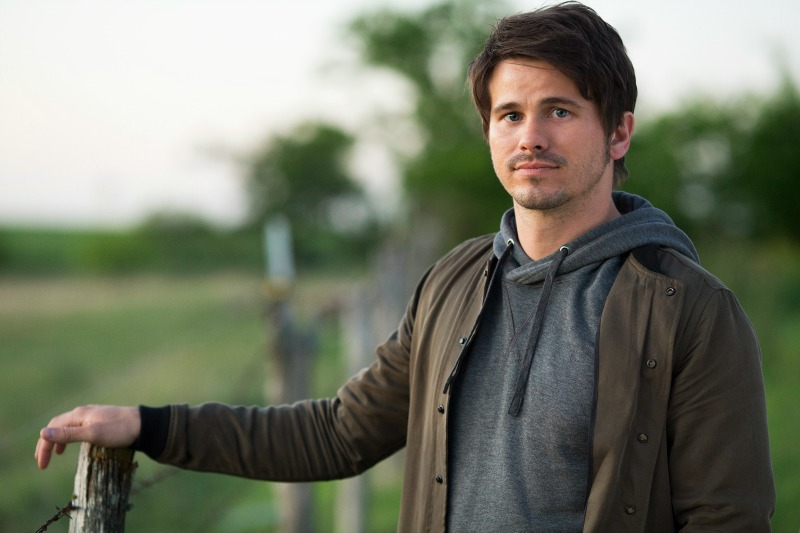 Kevin (Probably) Saves the World - Jason Ritter