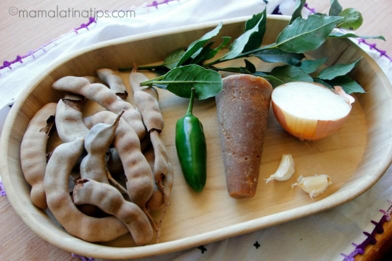 Tamarindo, piloncillo, chiles jalapeños - mamalatinatips.com